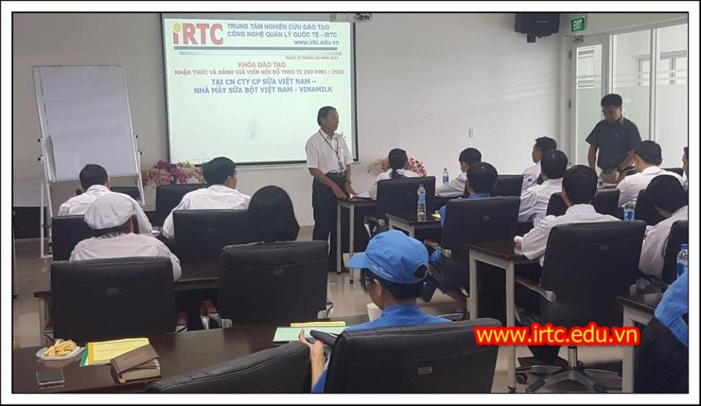 Kết thúc khóa học NHẬN THỨC CHUYỂN ĐỔI VÀ ĐÁNH GIÁ VIÊN NỘI BỘ ISO 9001: 2015